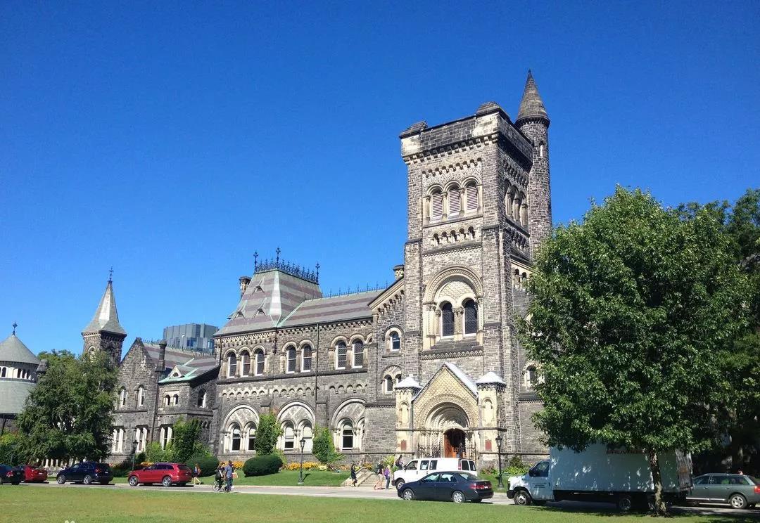 出国留学选择加拿大的原因