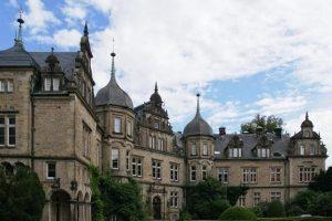 德国高中留学一年费用是多少钱?
