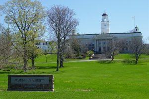 初中生加拿大留学申请攻略