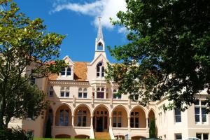 新西兰留学一年费用是多少钱?