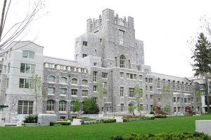 影响加拿大留学费用的五大条件