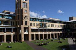 澳洲各知名院校研究生留学申请的雅思成绩要求