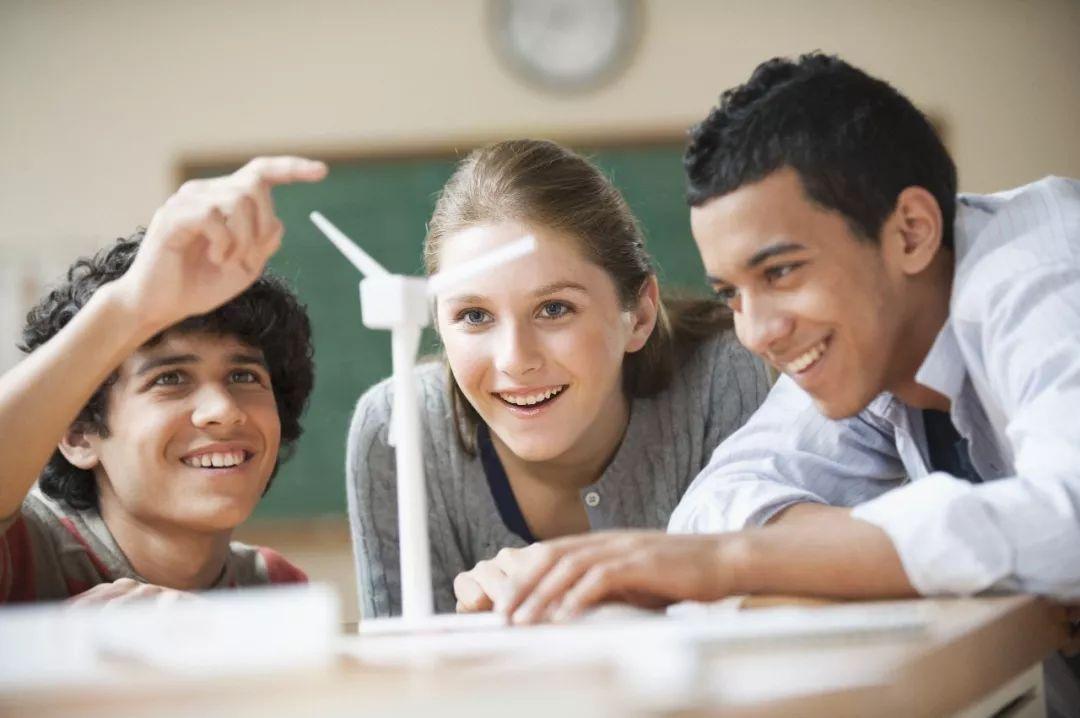 美国高中留学文书需要准备什么?