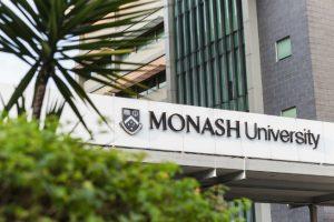 莫纳什大学留学费用一年多少钱?