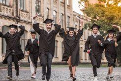 工作了可以出国留学吗?